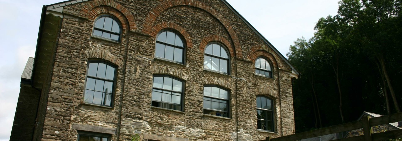 Dartmouth Pottery Slider (5)