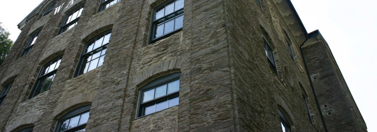 Dartmouth Pottery Slider (6)